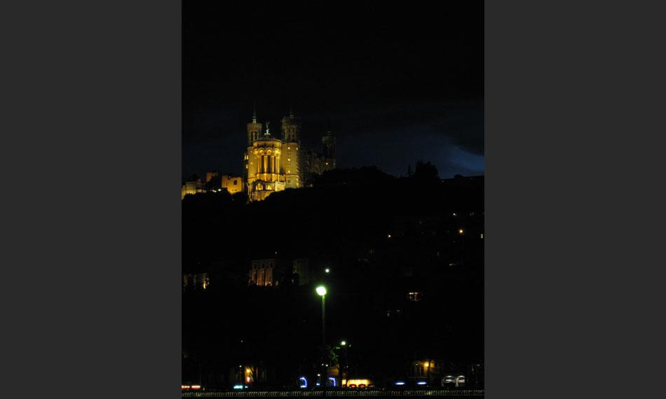 015-France-Slide